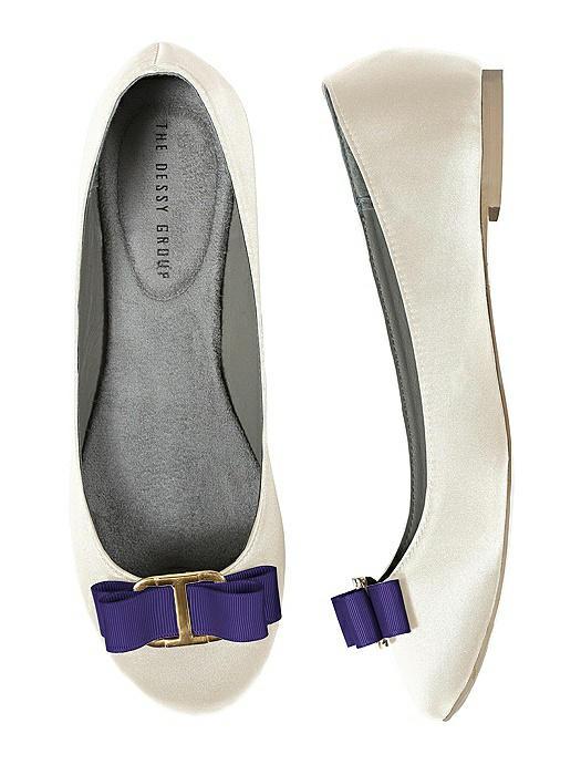 Modern Grosgrain Shoe Clip On Sale